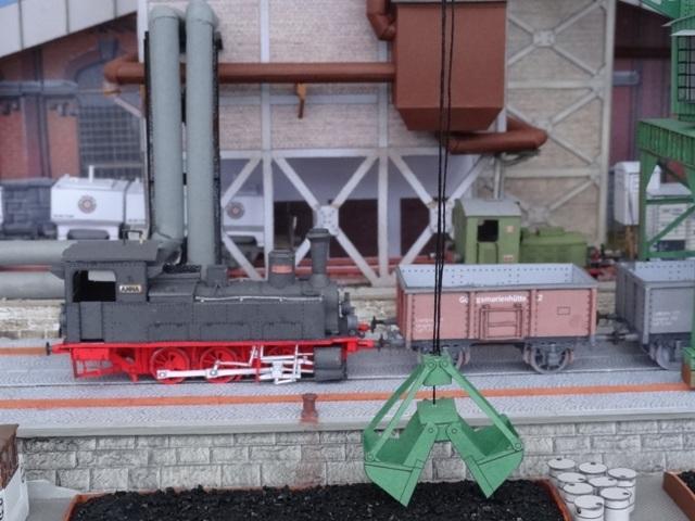 Industriediorama mit Hafen, 1:87 Dsc05341