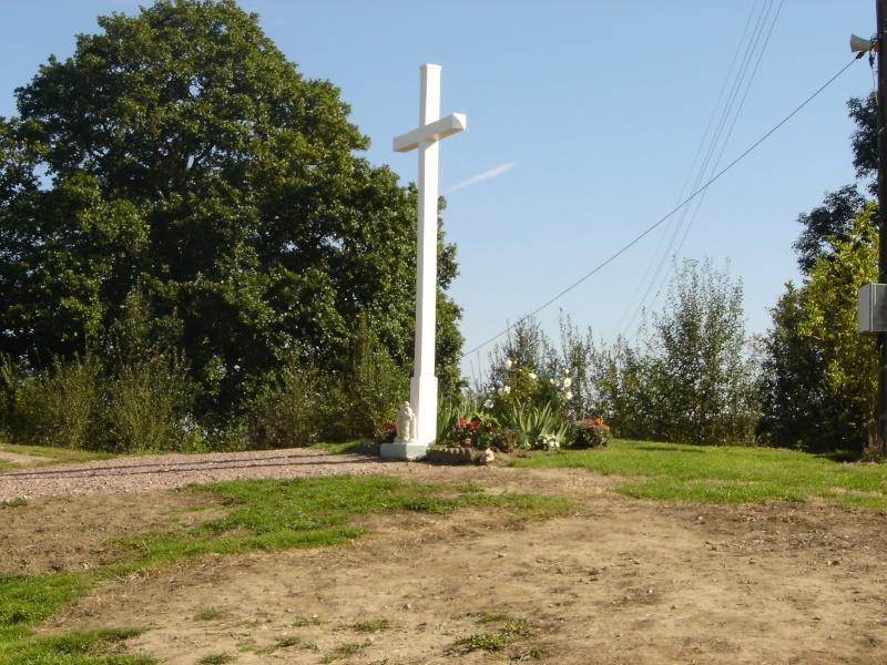 la croix glorieuse de DOZULE Dsc00110