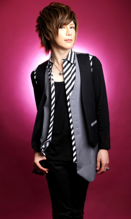 "Aoi from Ayabie releases ""Surrender Love"" PV 20101012"