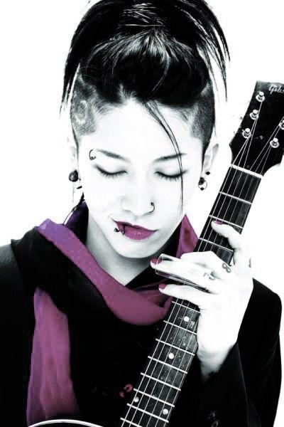 Miyavi announces the name of his second daughter L_206010