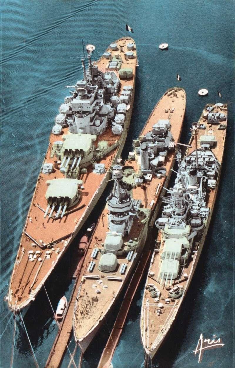 Maquette du croiseur Georges Leygues... D_034110