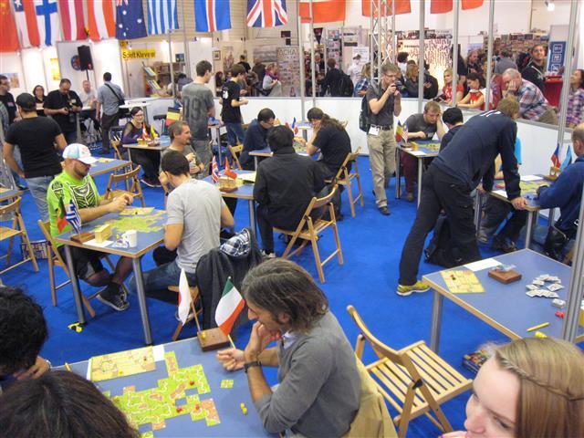"""compte-rendu sur un """"petit"""" salon du jeu en Allemagne... Img_3513"""