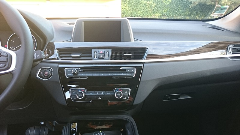 Nouveau BMW X1 xDrive 20d 190ch  - Page 5 Dsc_0041