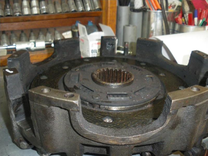 embrayage 421 fuite d' huile ,reglage embrayage double Imgp0229