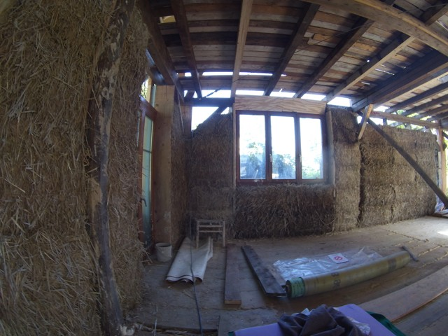 Construction seul et avec matériaux de récupération 4110