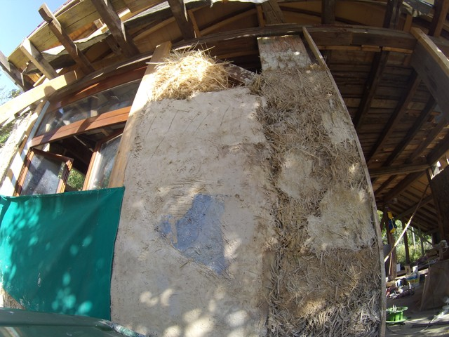 Construction seul et avec matériaux de récupération 5110