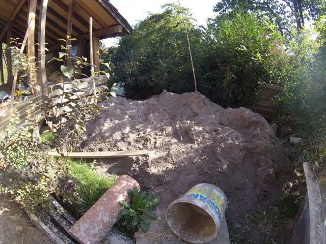 Construction seul et avec matériaux de récupération 6310
