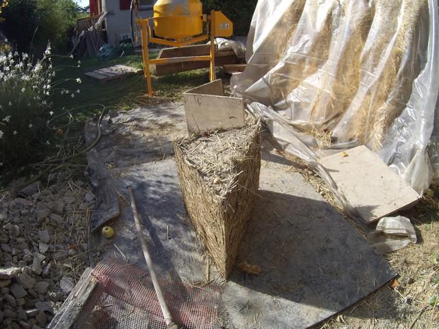 Construction seul et avec matériaux de récupération 8110