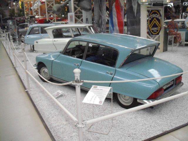 Speyrer Museum Muldenkipper, Dt.Schwimmwagen Treffen u. einige alte Citroens Dscf8151