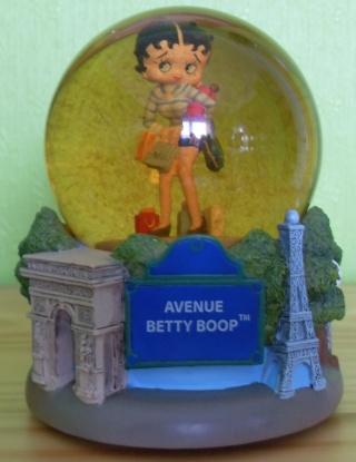 BOULE DE NEIGE Betty_11