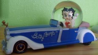 BOULE DE NEIGE Betty_12