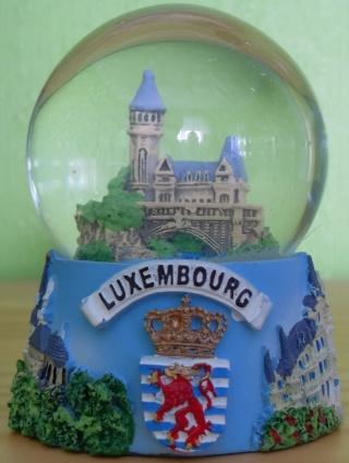 BOULE DE NEIGE Luxemb10