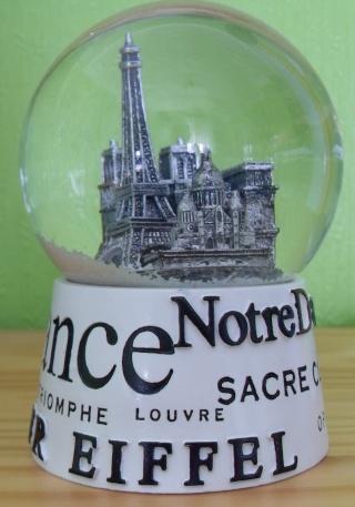 BOULE DE NEIGE Paris_10