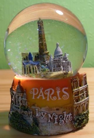 BOULE DE NEIGE Paris_12