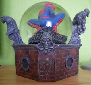 BOULE DE NEIGE Spider11