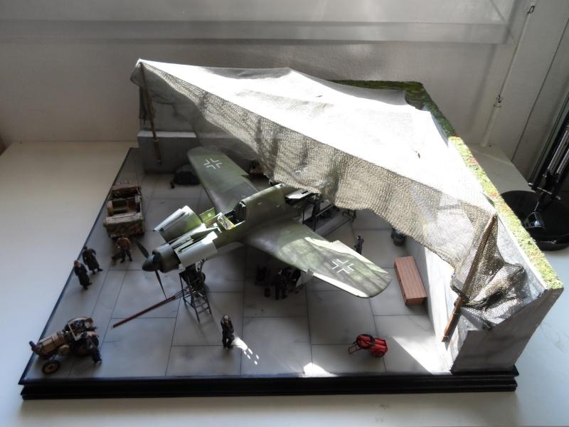 Dornier 335 Pfeil à Oberpfaffenhofen 1945 (diorama) Sam_3272