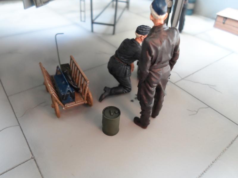 Dornier 335 Pfeil à Oberpfaffenhofen 1945 (diorama) Sam_3275
