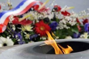 « Entente pour que le 11 Novembre devienne la Journée Nationale du Souvenir» : 2011-010