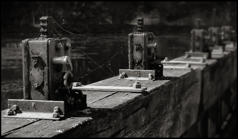 Fil de l'eau : ecluse Thoue410