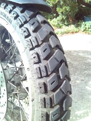Changement de pneus Img_2014