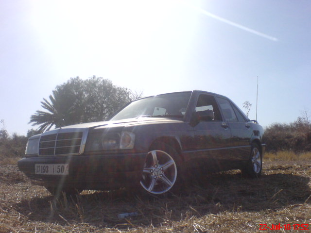 [ yassine_190 ]  Mercedes-benz w201 2.5d  Dsc00911