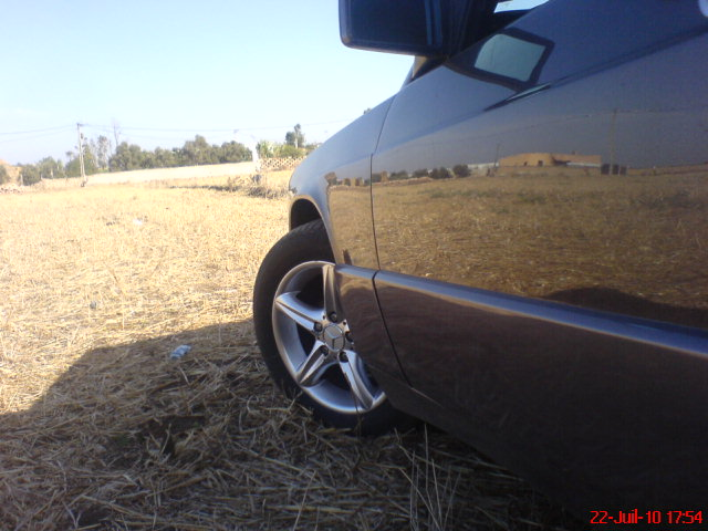 [ yassine_190 ]  Mercedes-benz w201 2.5d  Dsc00912