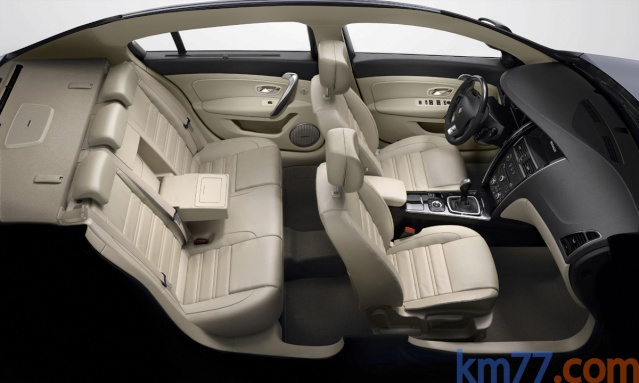 Nouvelle Renault Latitude 510