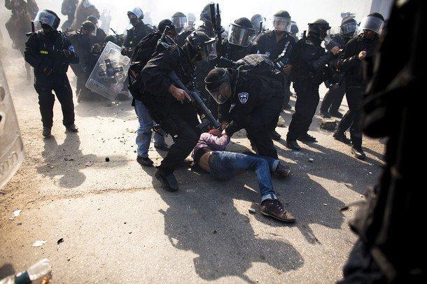 Conflit israélo-arabe et la cause palestinienne - Page 2 36066_10