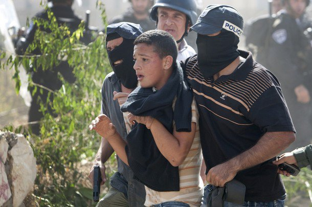 Conflit israélo-arabe et la cause palestinienne - Page 2 66384_10