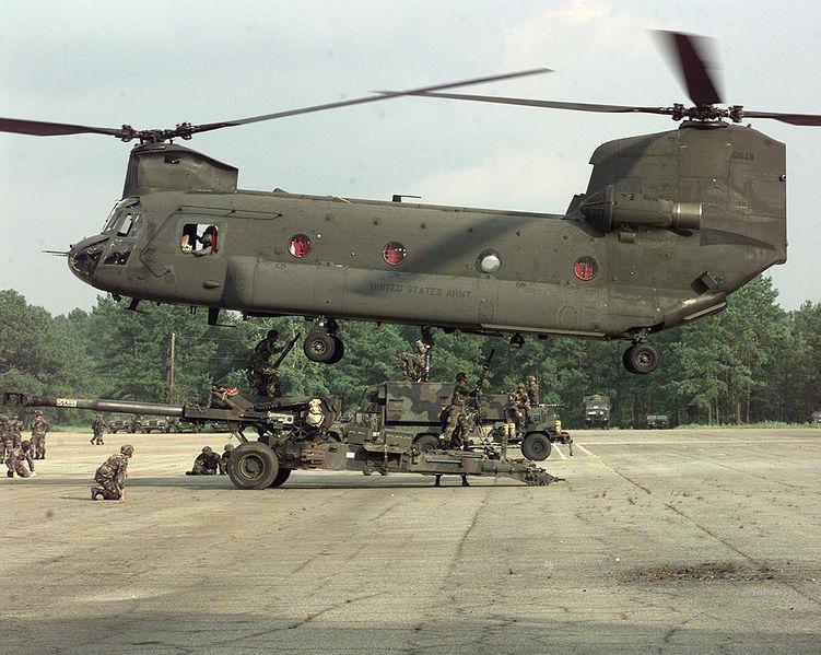Hélicoptère militaire américain 751px-10