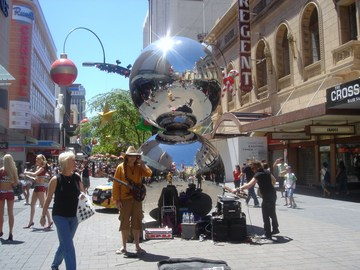 Rundle Mall and Central Market Bskers10