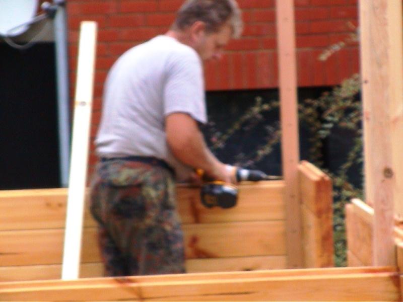 Construction d'un chalet de jardin Fixati10