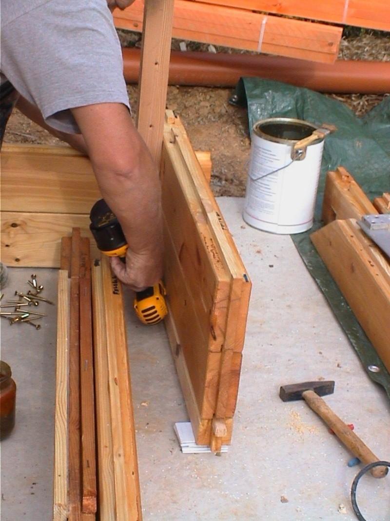 Construction d'un chalet de jardin Placem10