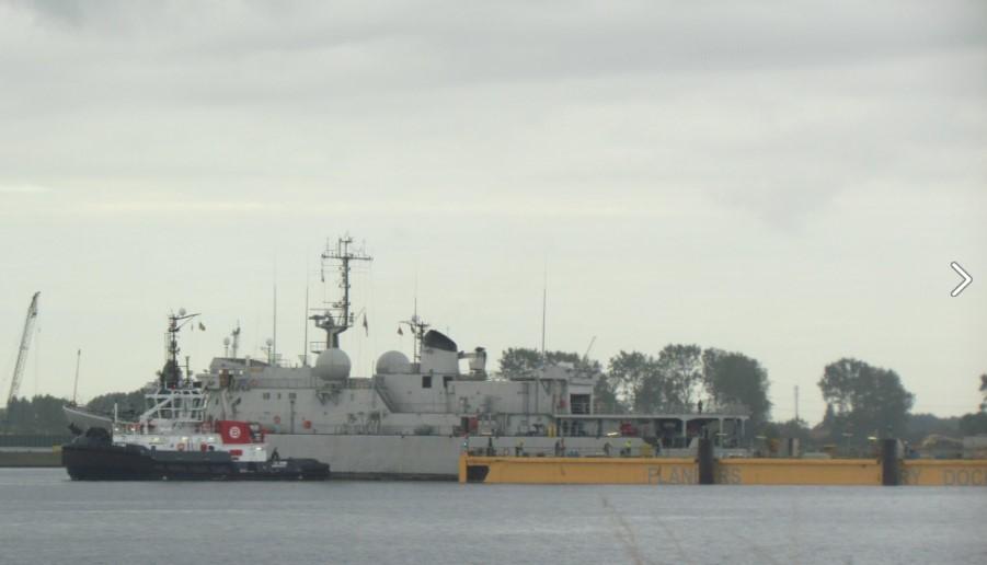 Réaménagement de la base navale de Zeebrugge - Page 4 Dock_f11