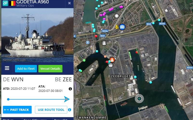 Réaménagement de la base navale de Zeebrugge - Page 4 Dock_f12