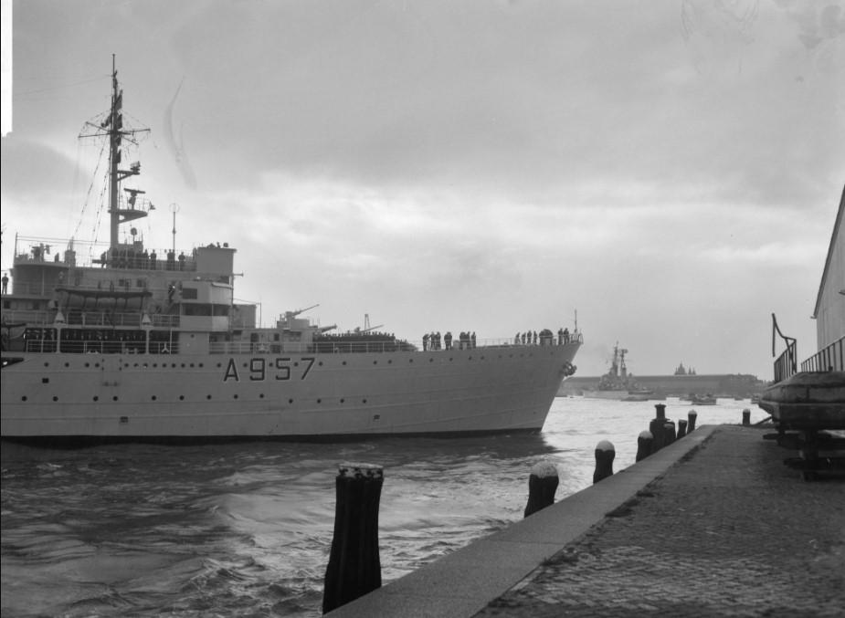 1962 - A957 (Canaries - Amsterdam - Mer du Nord) Kamina10