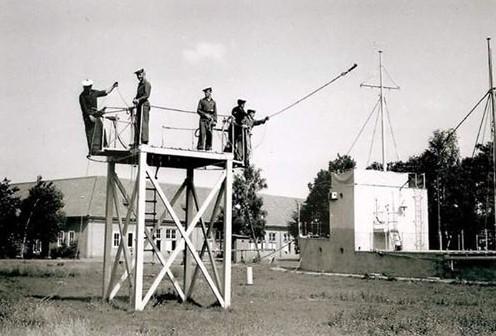 Ecole Navale Nieuwport/Lombartsijde - année 70 - Page 5 Sondag10