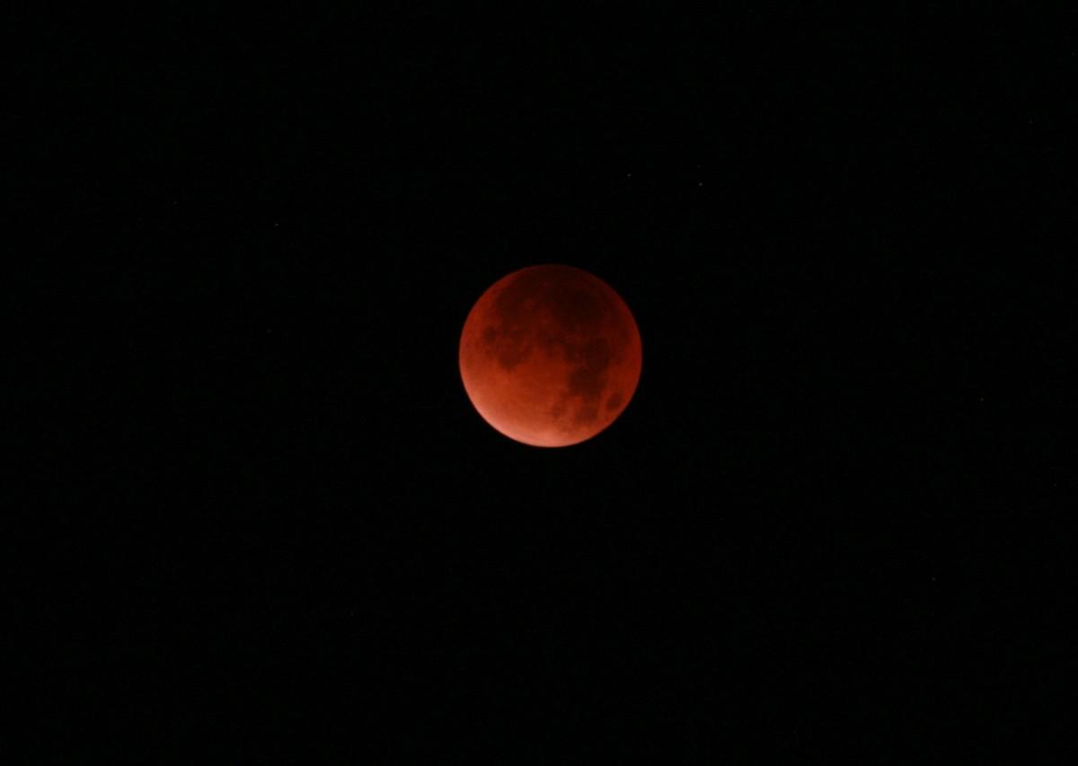 Eclipse de Lune du 28 septembre 2015 Tot211