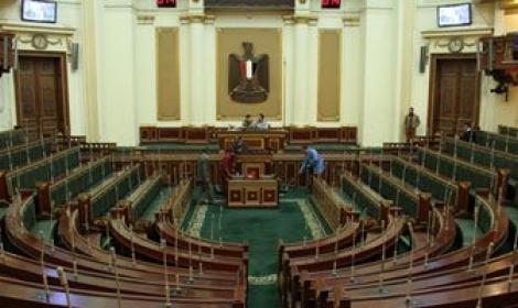 عزوف المصريين عن الإدلاء بأصواتهم في مجلس نواب مصر2015 911