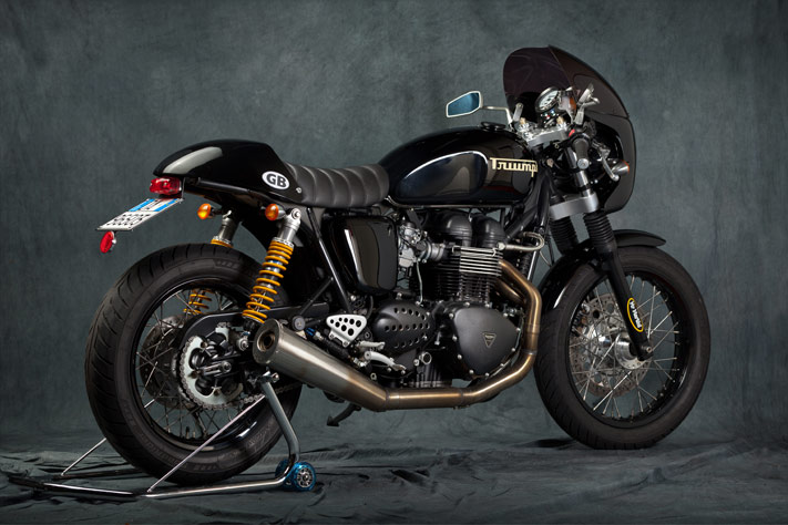 New Bonnie Thruxton de race! 011-th12