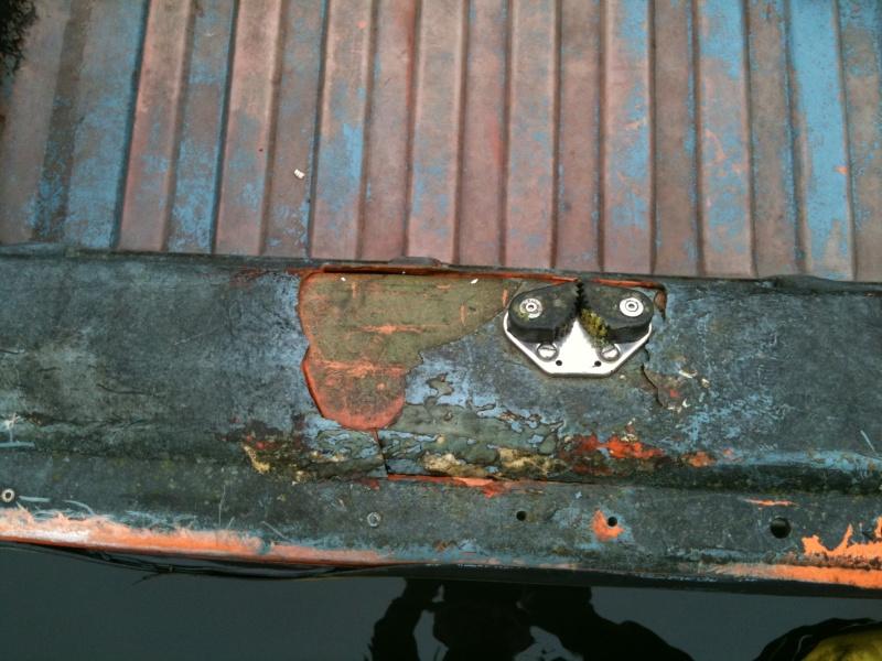 Reparation Barque TABUR YAK 3 ! 03211