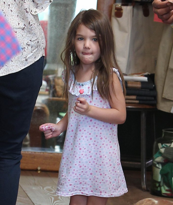 Suri Cruise (What a gorgeous child)!! Katie-10