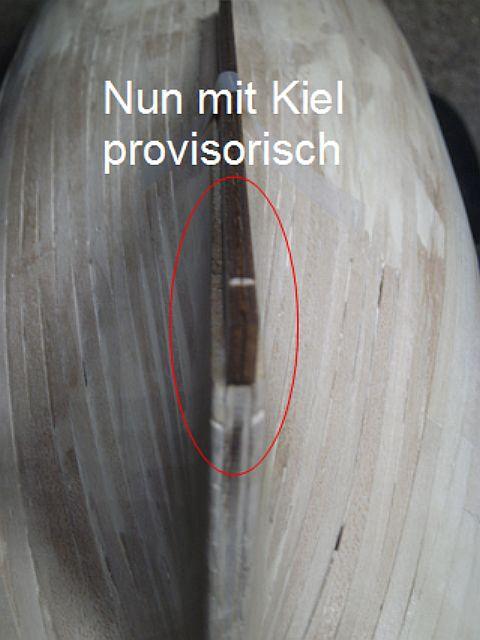 2te Beplankung beim Kiel im Heckbereich Pict0021