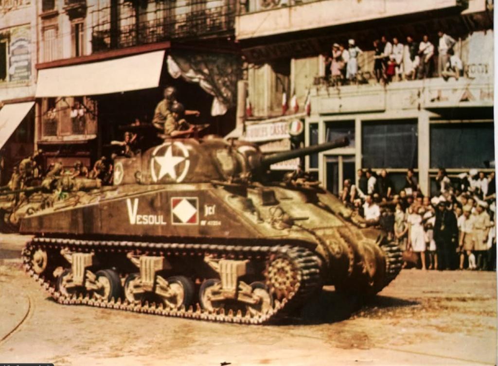 Sherman M4A2 et M4A4 français Vesoul10