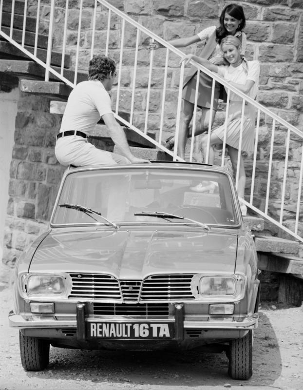 La Renault 16  R16_ta10