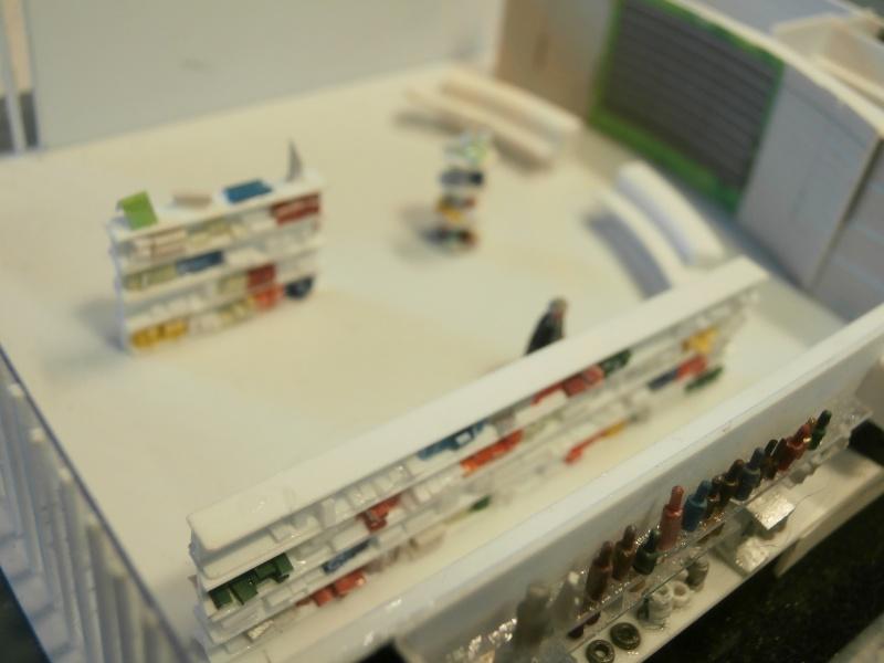 Réalisation de la maquette 1/144 d' un aéroport international (scratch) - Page 2 Pharma32