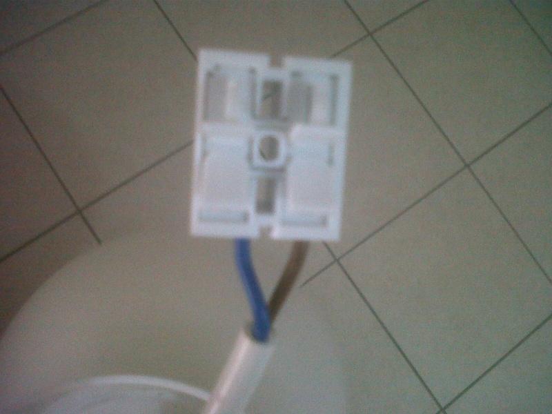 accrocher une suspension au plafond Img00120