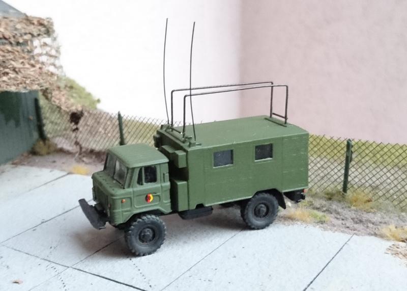 GAZ-66 mit Funkstelle R-142 Dsc_0017