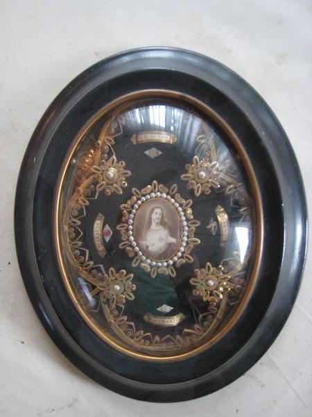 Travail de Religieuses : reliquaire St-François-de-Salles, Ste-Chantal, St-Claude, St-Benoît - fin XIXème Cadre_10