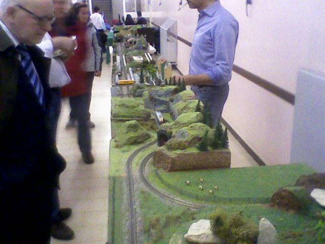 Borsa-scambio al Serafico. 16 Aprile Fotogr10